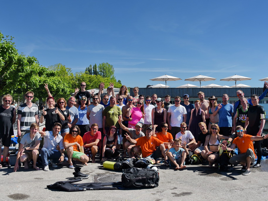 SCUBA VIVA Taucher am CleanUp Day
