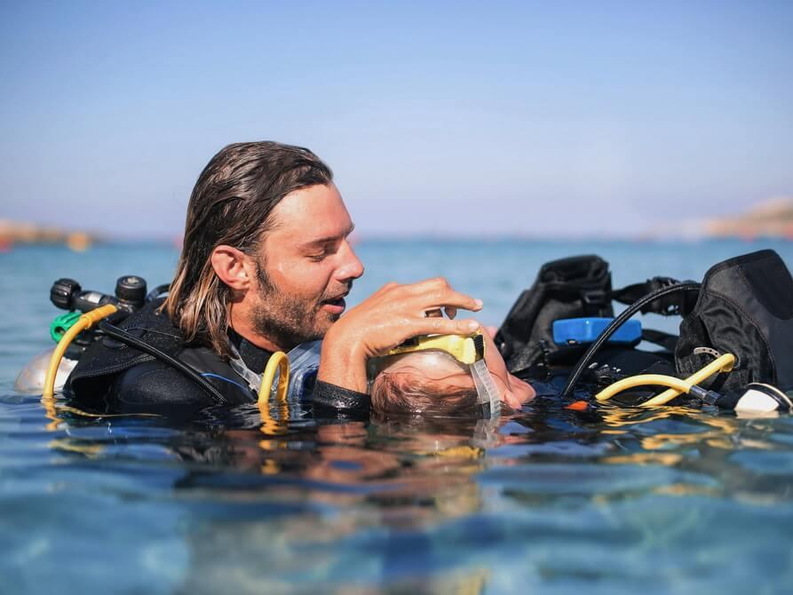 Beatmung im Rescue Diver Tauchkurs
