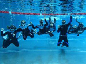 PADI Apnoetauchen im Schwimmbad