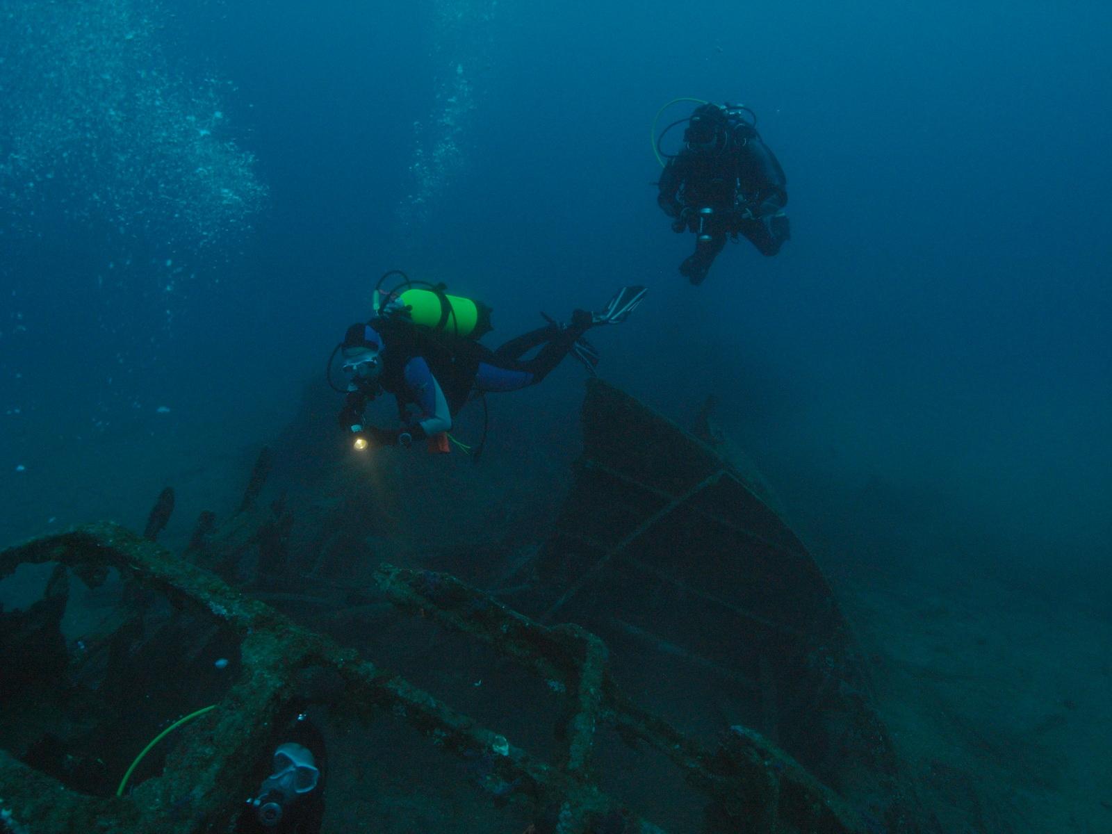 PADI Deep Diver bei einem Wreck