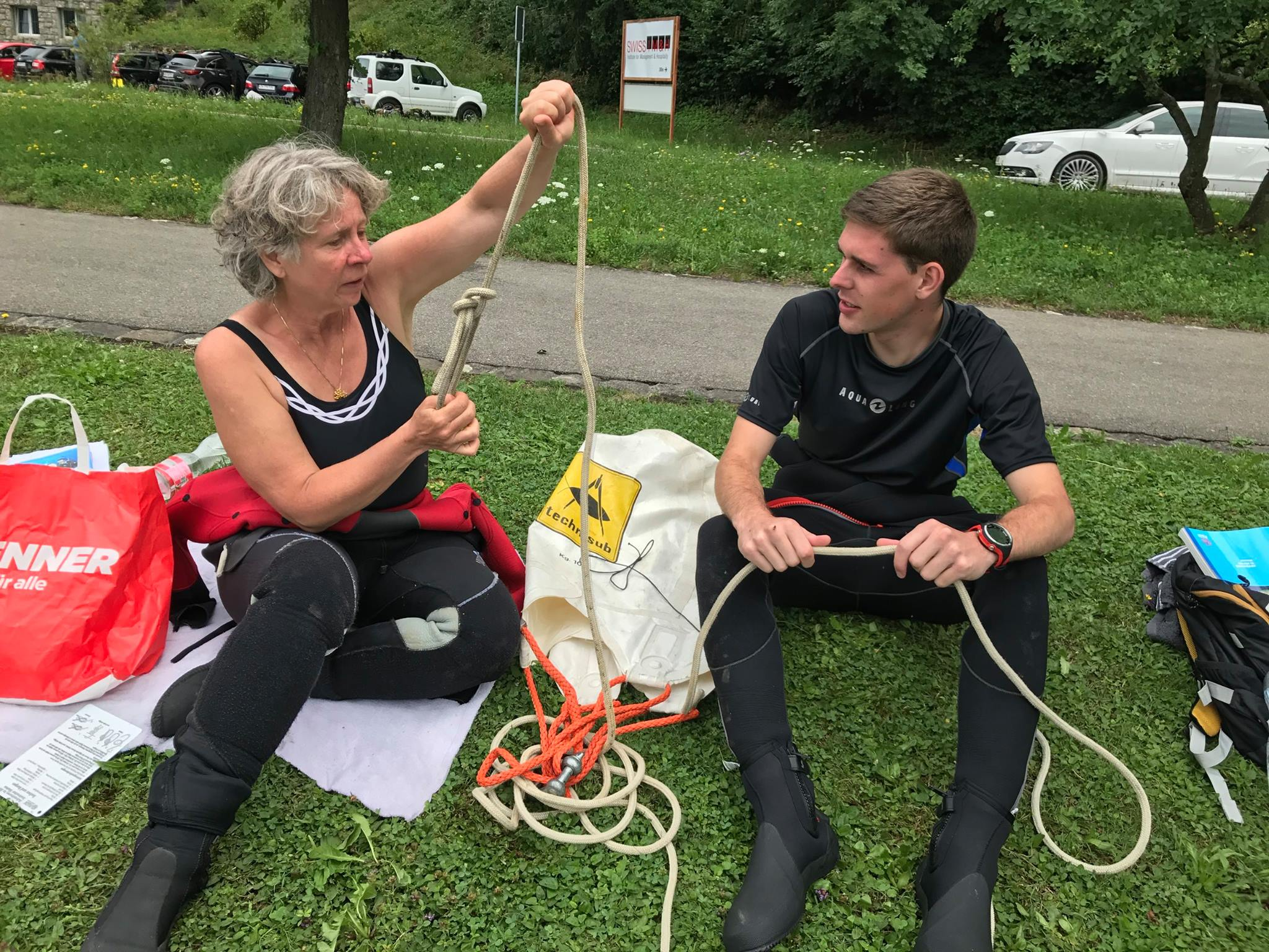 Theorielektion im Search & Revovery Diver-Kurs