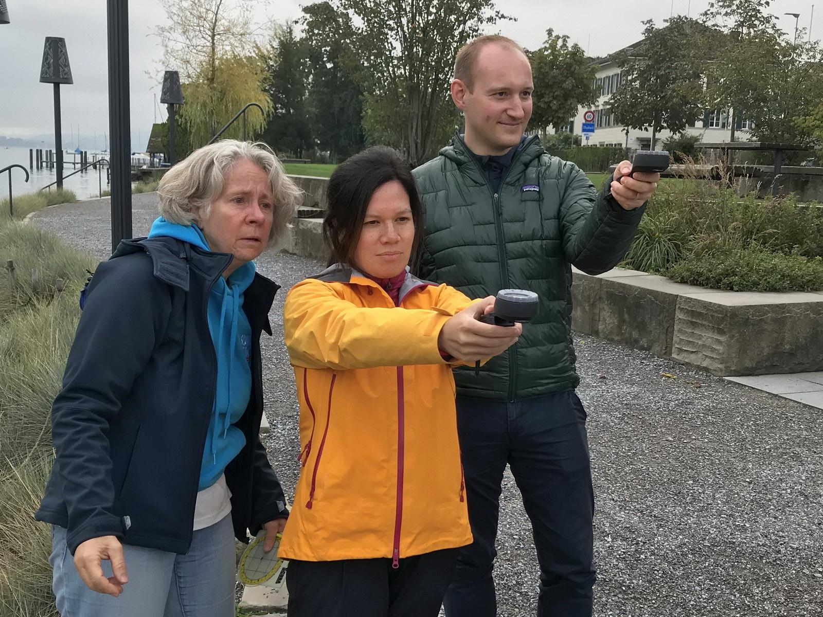Tauchschüler üben Kompass Navigation