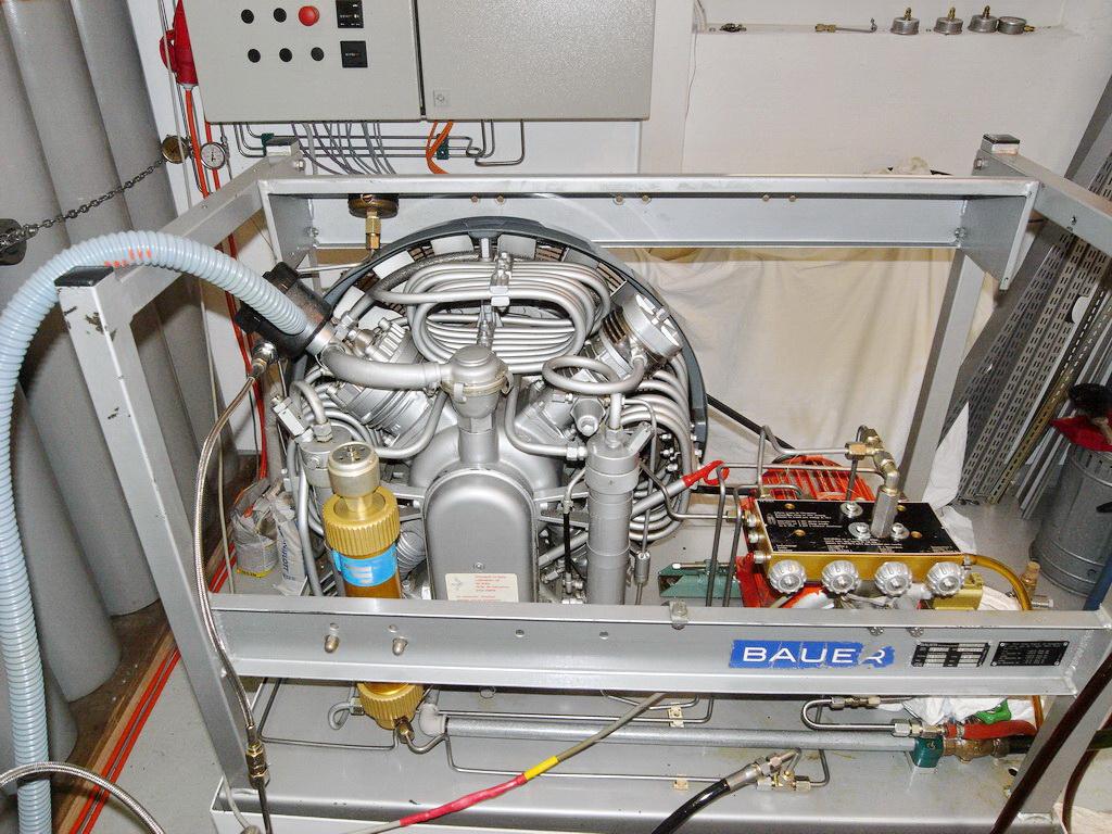 Kompressor Tauchladen SCUBA VIVA Winterthur
