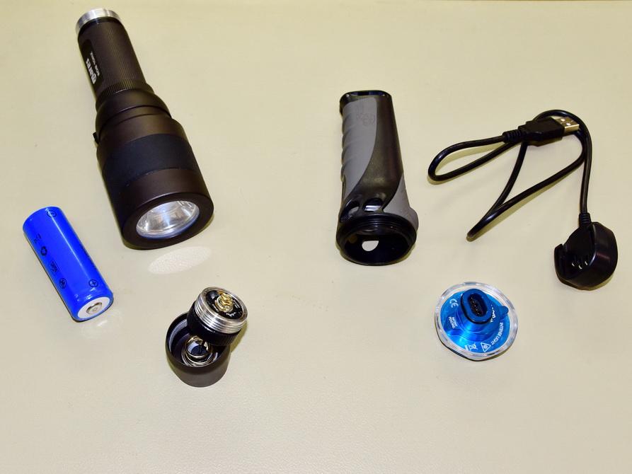 Tauchlampe Repaturen bei Tauchshop Scubaviva