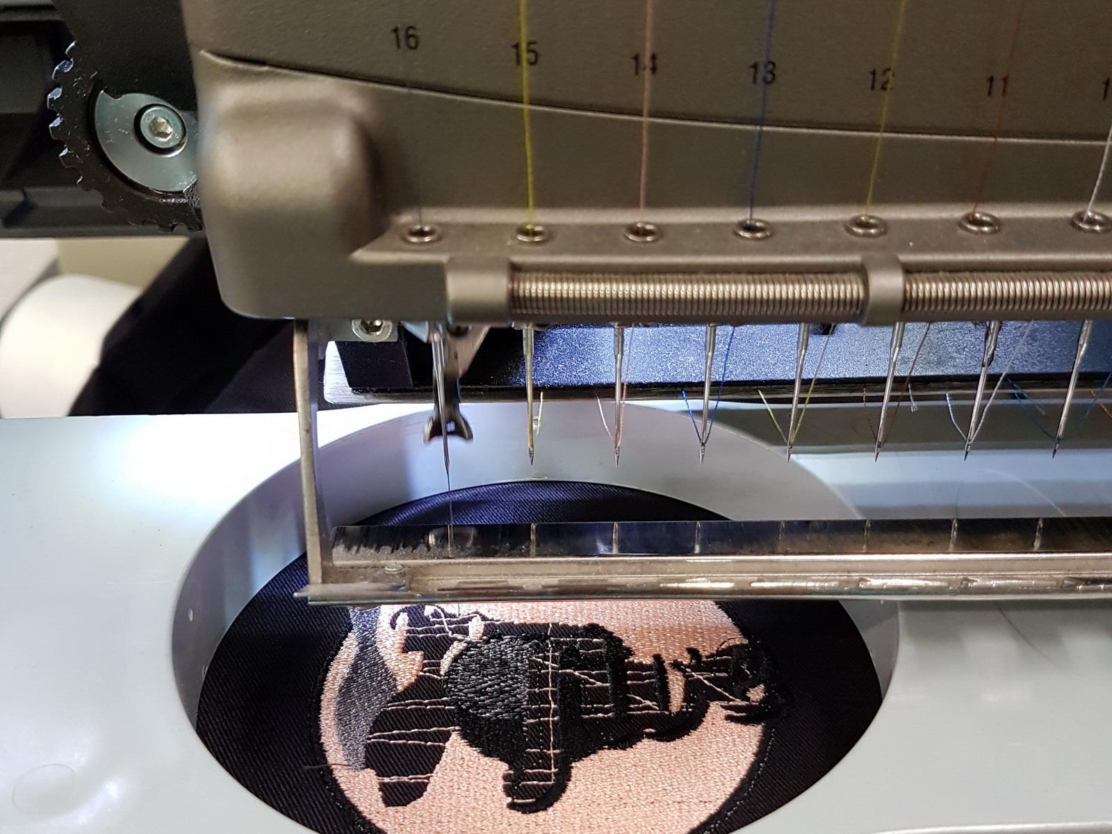 SCUBA VIVA Textilstickmaschine Amaya