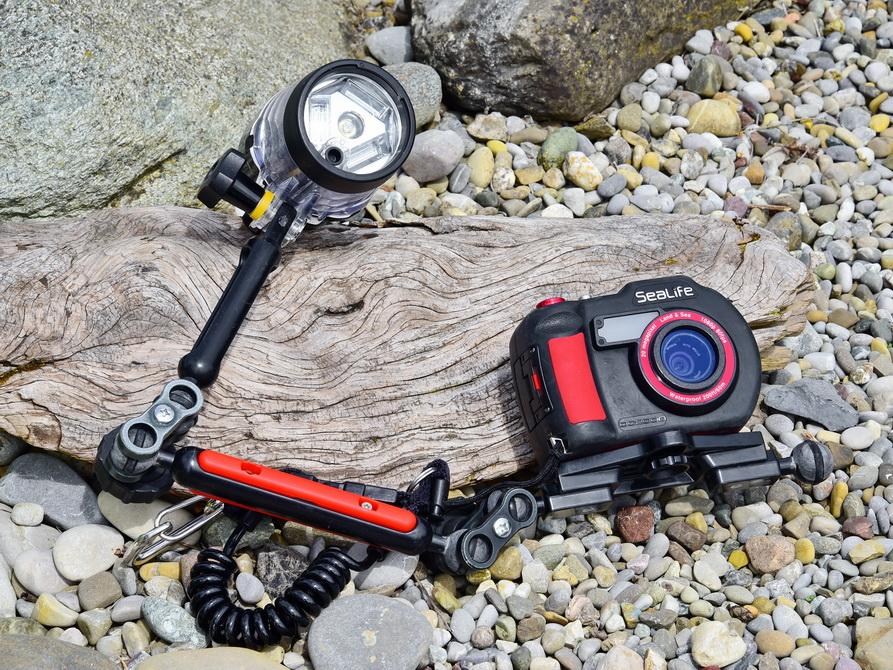 Sealife Kamera DC2000 mit Blitzarm